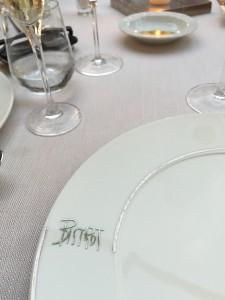 where  fashionistas and families dine in stylish Forte dei Marmi